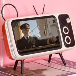5 tivi mini cầm tay giá rẻ tốt nhất 2021