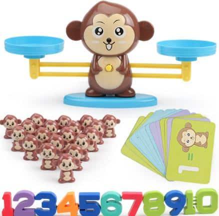 Đồ chơi bàn cân toán học cho bé trai