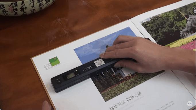 Máy Scan mini quét từ trên xuống dưới tài liệu